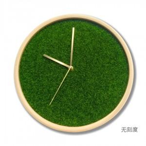 12インチのリビングルームの純木時計ホーム現代の寝室の時計ミュートシミュレーション芝生緑植物クリエイティブウォールクロック真鍮ポインター