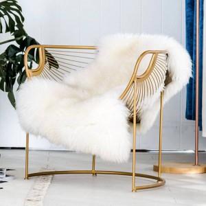 2019新しい北欧アイアンアートダイニングチェア世帯現代のシンプルなinsネット化粧椅子レジャー背もたれチェアシンプルなダイニングテーブル