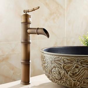 流域の蛇口Antqiue真鍮竹滝浴室のシンクの蛇口シングルレバーデッキバストイレのミキサー水タップトイレタップZLY-6660