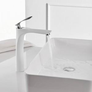 洗面台の蛇口風呂水盆地ミキサータップ浴室の蛇口ホットとコールドクロームメッキ真鍮トイレのシンク水クレーンブラックミキサー228