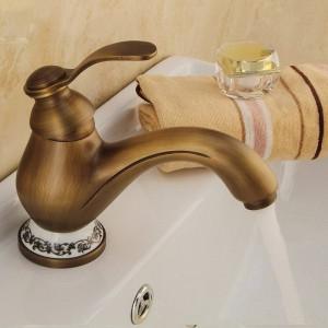 洗面台の蛇口アンティーク真鍮デッキマウント浴室のシンクの蛇口シングルハンドル穴セラミックデコトイレミキサータップWCタップDZ-8009F