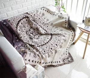 ボヘミア様式の幾何学は毛布のソファー/ベッド/平面旅行滑り止めのステッチの毛布の上の装飾的なスリップカバーCobertorを投げます
