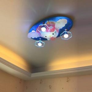 漫画天井省エネランプled子供部屋寝室男の子と女の子キティハローキティのbluetoothリモコン220ボルト