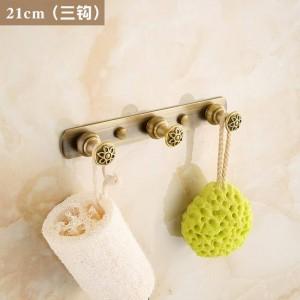 刻まれた花アンティーク起毛真鍮服フック浴室ハードウェアローブフック浴室備品フック2312A