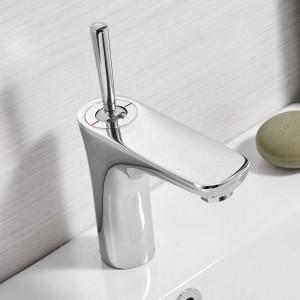 クロームミキサーの浴室の流しのコックの洗面器の蛇口クロームの真鍮の蛇口クロームの蛇口の洗面器の蛇口タップデッキマウントTorneiraタップ855007