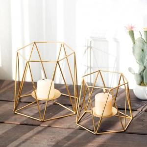 クリエイティブキャンドルホルダーインゴールドカラー幾何学的な金属鉄アート燭台ロマンチックなキャンドルライトディナーナイトライトデコレーション