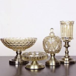 ヨーロッパのフルーツプレートクリスタルガラスフルーツボウルスリーピース現代の家の贅沢な装飾的な装飾品