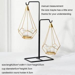 ヨーロッパスタイルの燭台金属鉄アートロマンチックなキャンドルライトディナーキャンドルベースナイトライトホーム燭台装飾工芸品