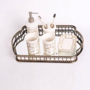 ヨーロッパスタイル錬鉄メッキガラス収納トレイミラーボトムトレイリビングルームライト高級プレート装飾フルーツプレート