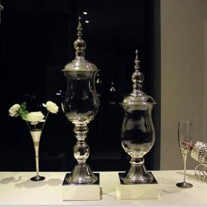 高級銀メッキ金属ベースキャンディー缶高天井ガラス収納装飾的な装飾品ホテルの結婚式のクラフト花瓶