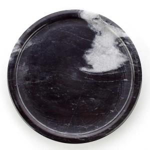 北欧スタイルのデザートウェブの有名人の店のためのInsFashionシンプルなスタイルの黒と白の丸い大理石のトレイ