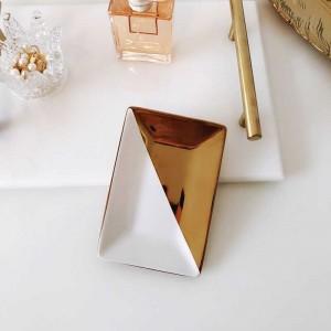 InsFashionシンプルなスタイルの長方形メッキファンシーガールとオーストラリアスタイルの家の装飾のためのセラミックジュエリー皿