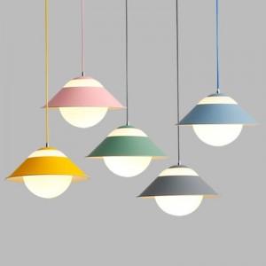 マカロン現代のシンプルなペンダントライトマルチランプコンボカラフルなダイニングルームのつり天井の寝室の装飾照明器具