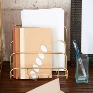 メタルゴールド収納棚流行現代のミニ北欧優雅なネットアイアンデスク雑誌新聞本オーガナイザー収納バスケットの装飾