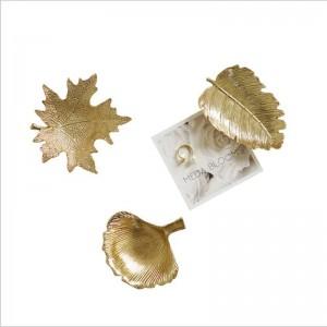 ミニリーフ形状金属収納プレート北欧高級とシンプルトレイ雑貨ジュエリーデスク収納トレイホームオーガナイザーの装飾
