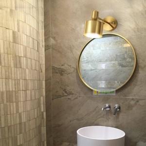 北欧真鍮読書ウォールランタン現代ゴールデンシルク通路ベッドルームベッドサイドランプメイクアップミラーランプウォールライト用ホーム