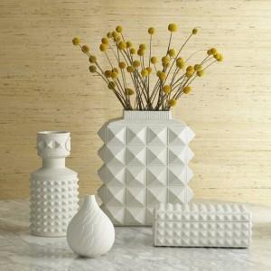 北欧スタイルの白の幾何学的なセラミック花瓶シンプルモダンホームモデルルームリビングルーム花飾り飾り