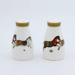 磁器塩とコショウのシェーカー神馬馬desi骨塩瓶コショウボトル骨塩コショウ