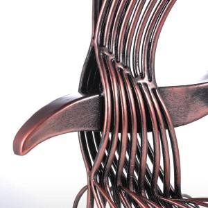 イーグルイロム彫刻手作りフォーチュンイーグルホーク像ホームオフィスの装飾ギフト野生の置物の装飾グッズグッズ