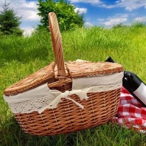 屋外のキャンプのピクニックのためのふたそしてハンドルおよび白いはさみ金が付いている買い物袋として柳細工の柳のピクニックバスケットの妨害者